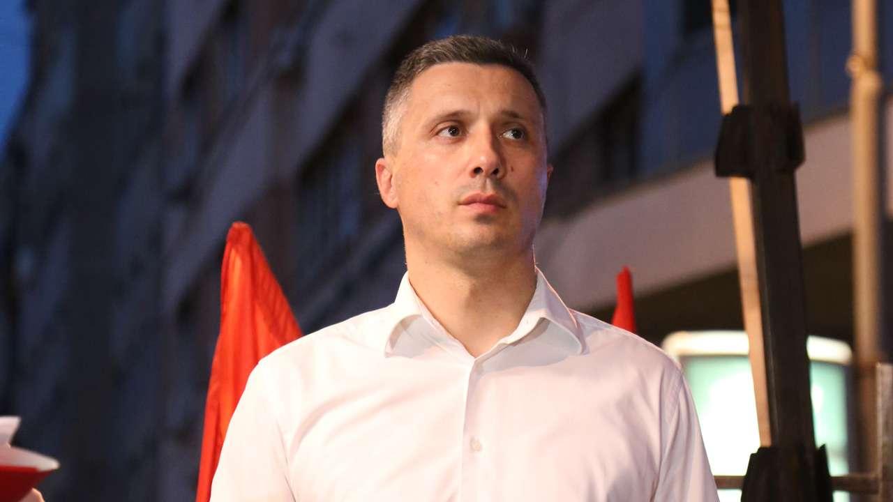 Boško Obradović ispred RTS-a: Bez slobode medija, nema slobodnih izbora