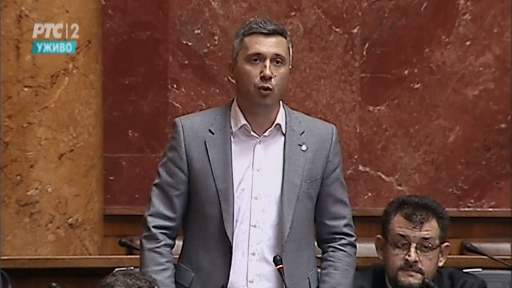 Sve građane zanima odgovor na pitanja koja je Boško Obradović uputio Vladi