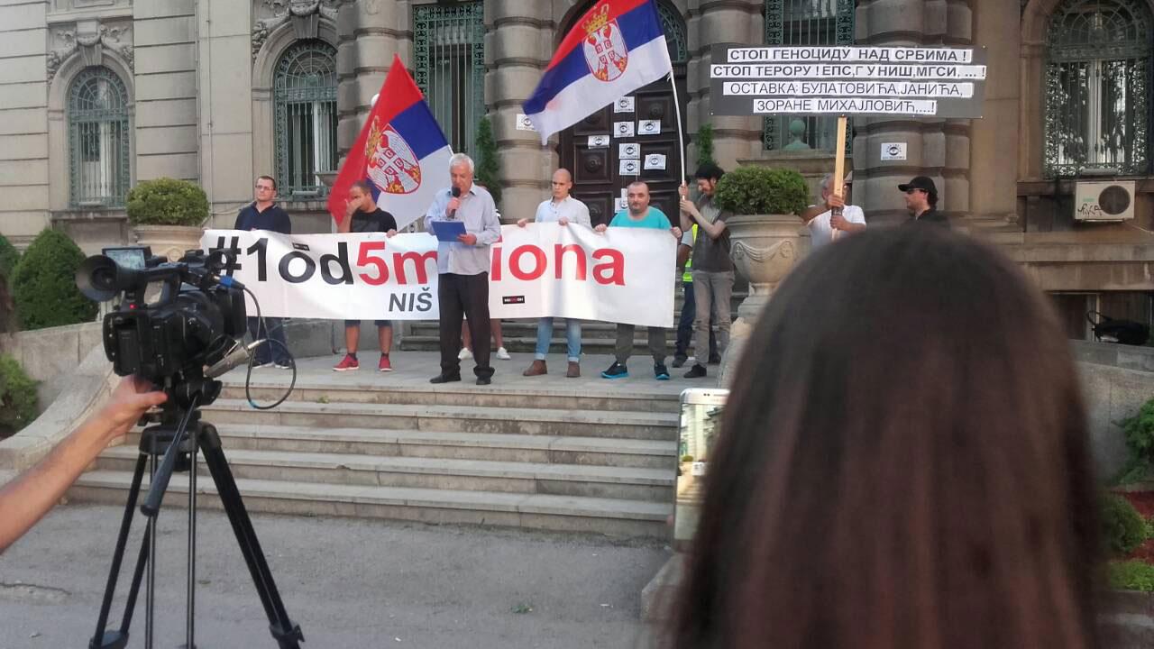 Na protestu u Nišu govorio pukovnik Đorđević iz Dveri