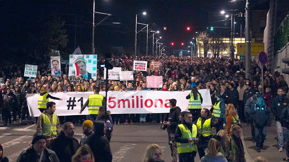Članovi Dveri sa Kosova i Metohije pod represijom zbog podrške protestima