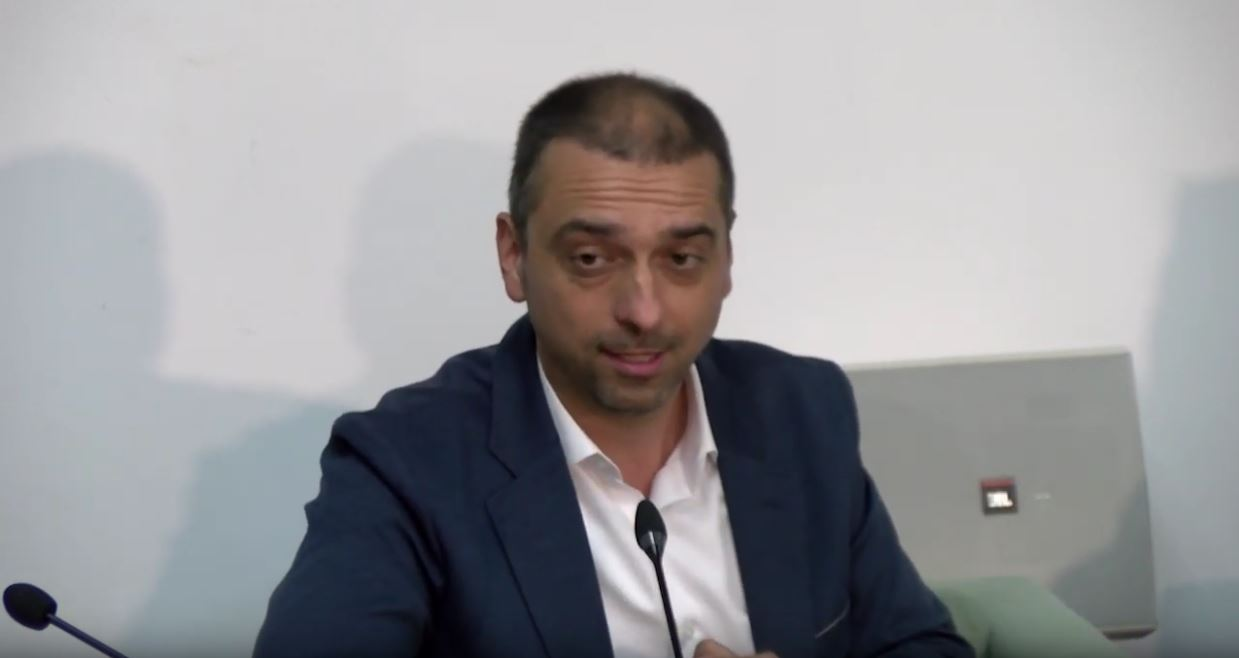 Jugoslav Kiprijanović – protest debata – parlamentarizam ili farsa