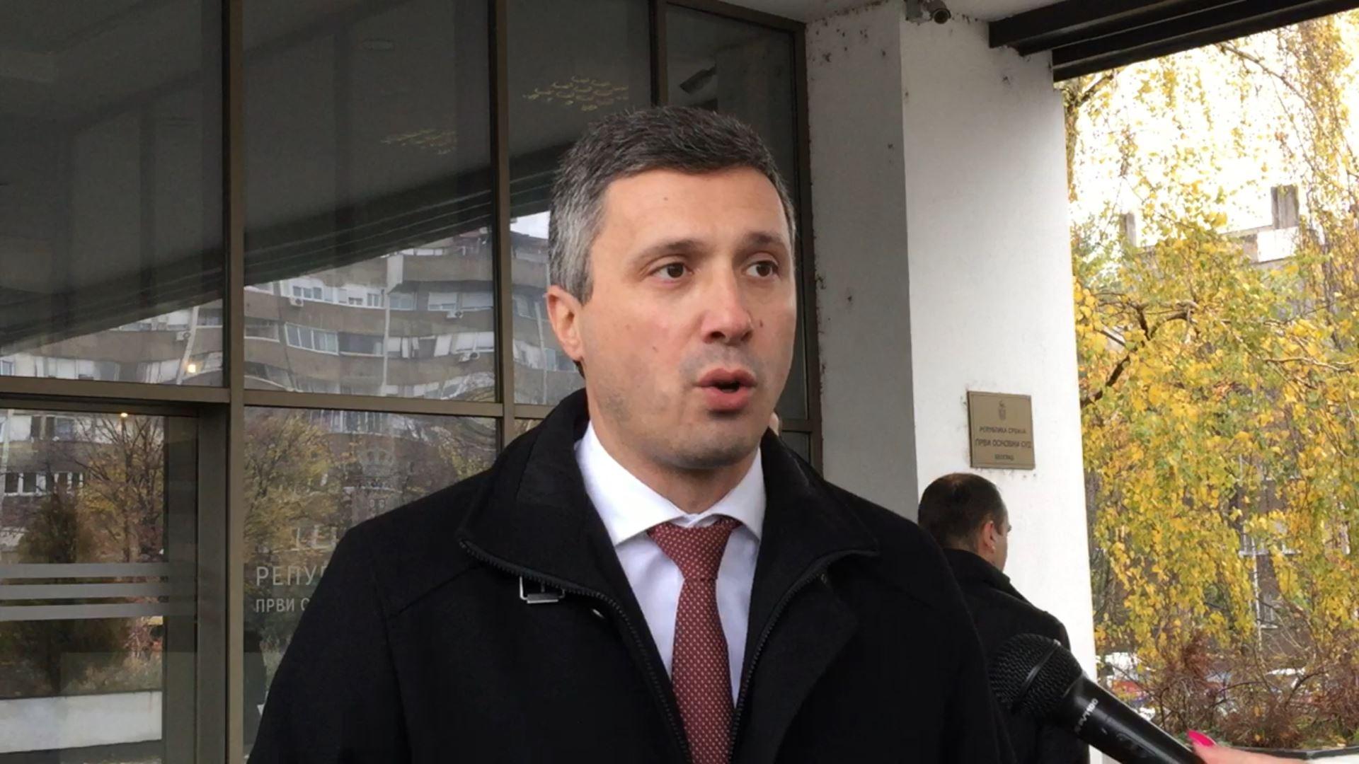 Počelo prvo političko suđenje opoziciji – Vučićev kum tužio Boška Obradovića