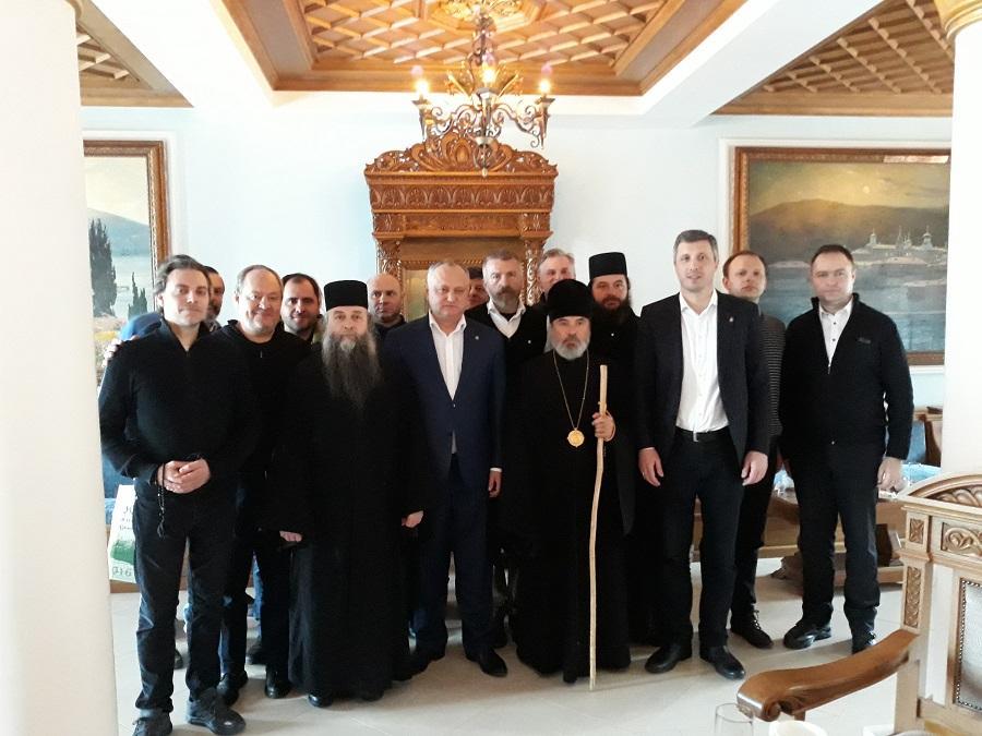 Predsednik Dveri se sastao sa predsednikom Moldavije na Svetoj Gori