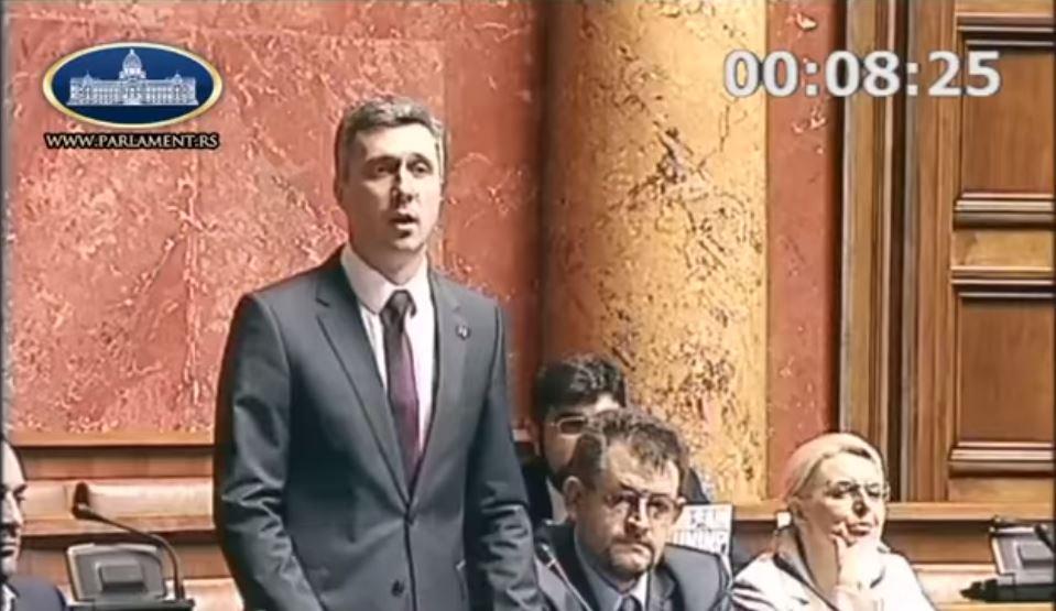 Boško Obradović: Pitanja koja su ućutkala vlast