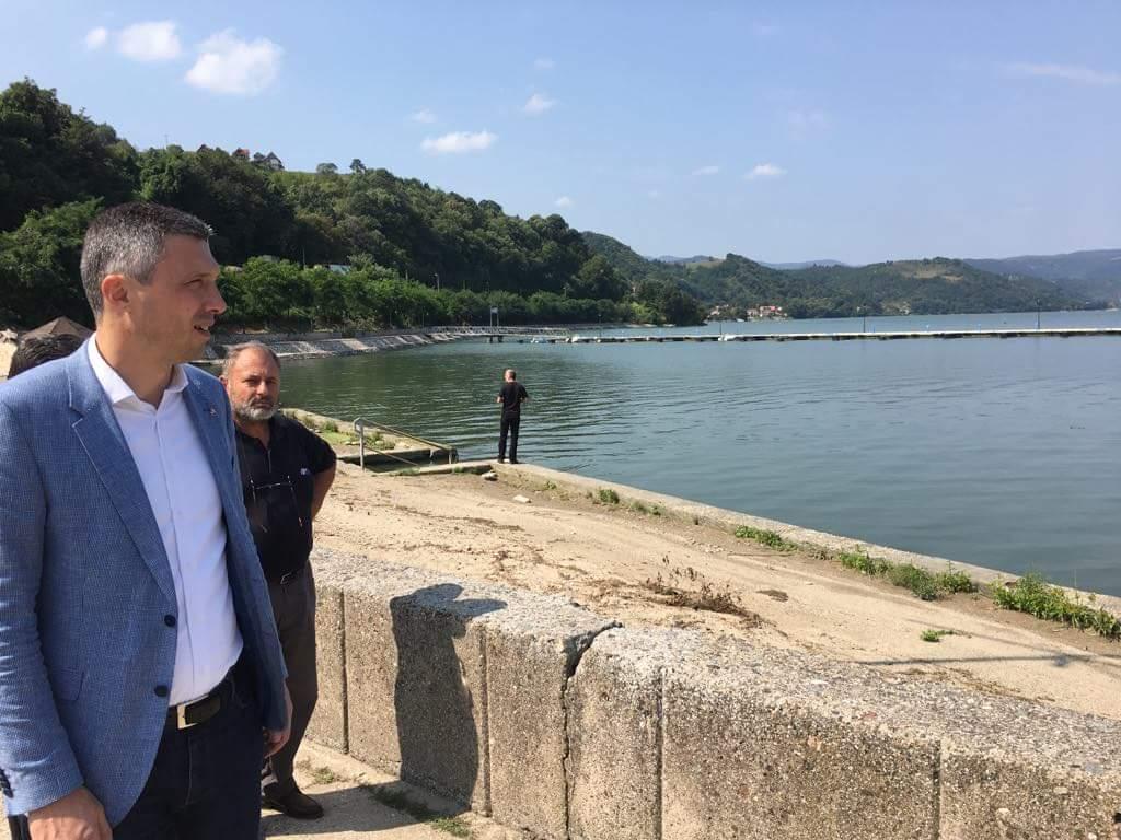 Obradović u Donjem Milanovcu: Investirati u zapostavljen privredni i turistički potencijal