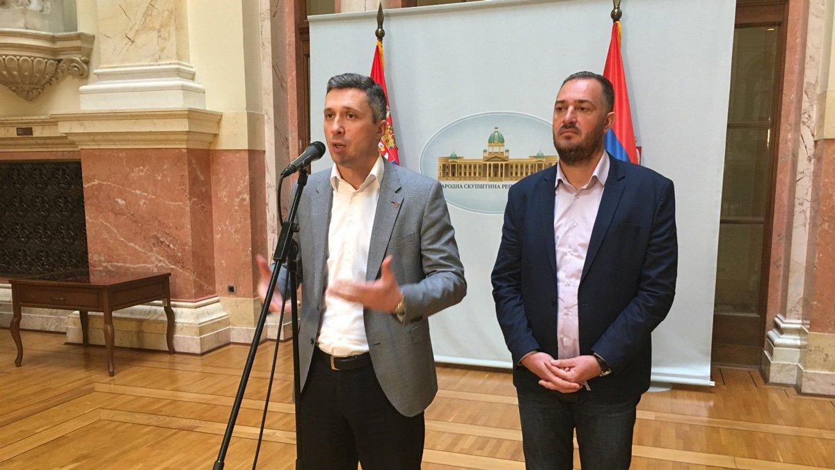 Delegacija Dveri na 4. Međunarodnom ekonomskom forumu na Krimu