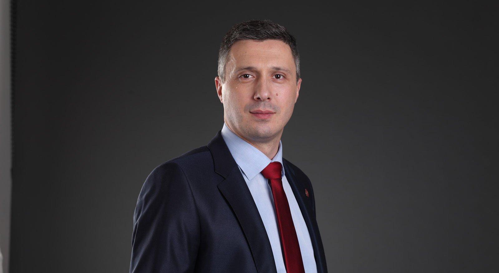 Božićna i Novogodišnja čestitka Boška Obradovića