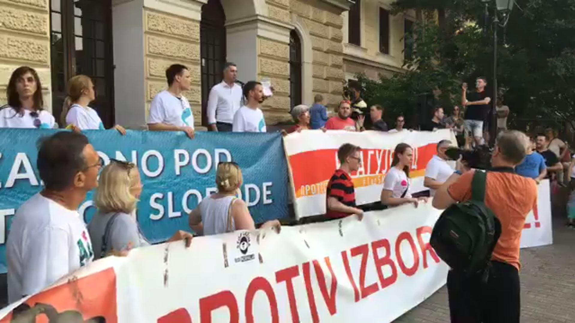 Boško Obradović u Kragujevcu: Nema odstupanja od zahteva protesta