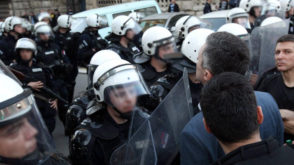 Danas u Srbiji ponovo imamo političke zatvorenike, zahtevamo njihovo puštanje