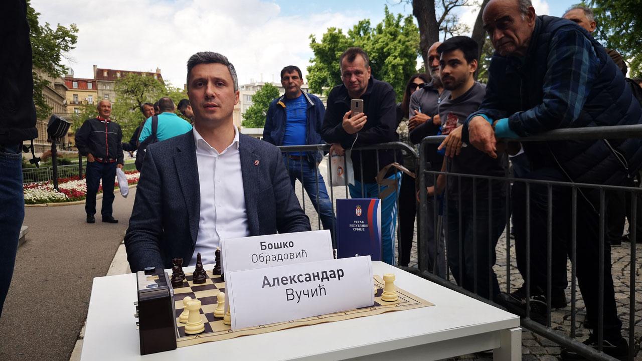 """Obradović proširio """"Slobodnu zonu"""" i izazvao Vučića na partiju šaha"""
