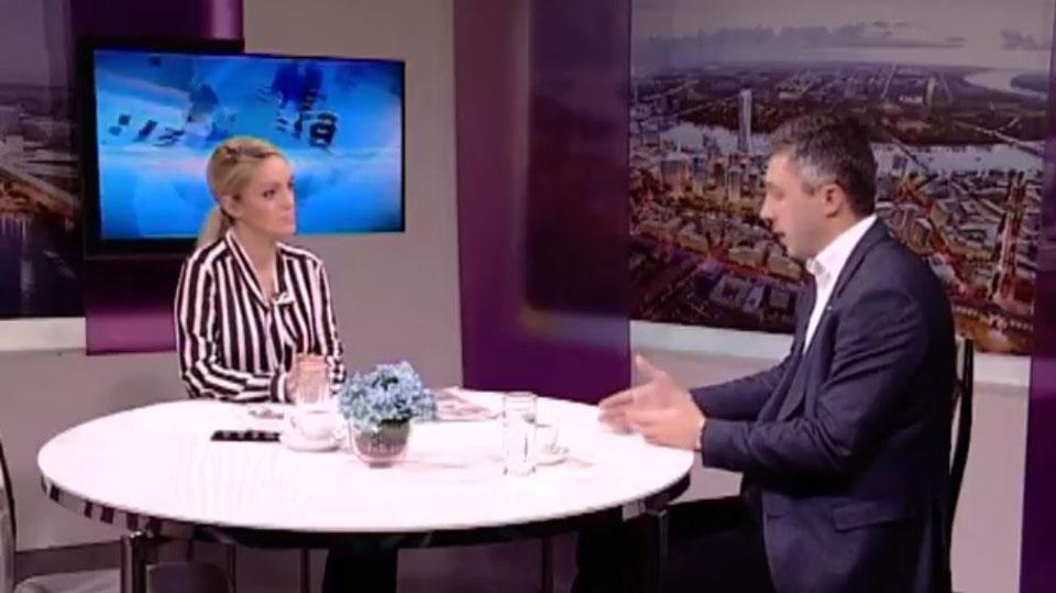 """Boško Obradović, TV Naša, """"Uz jutarnju kafu"""""""
