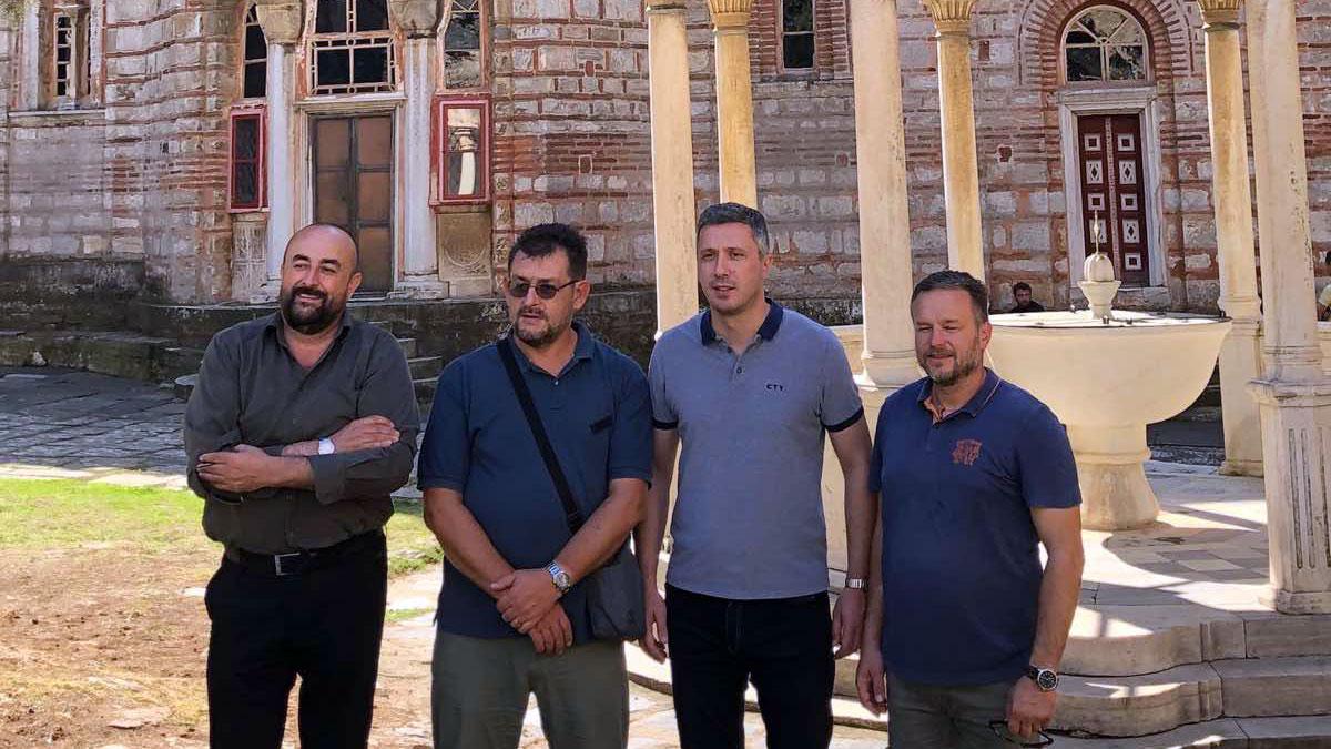 Delegacija Dveri u poseti Hilandaru 2019.