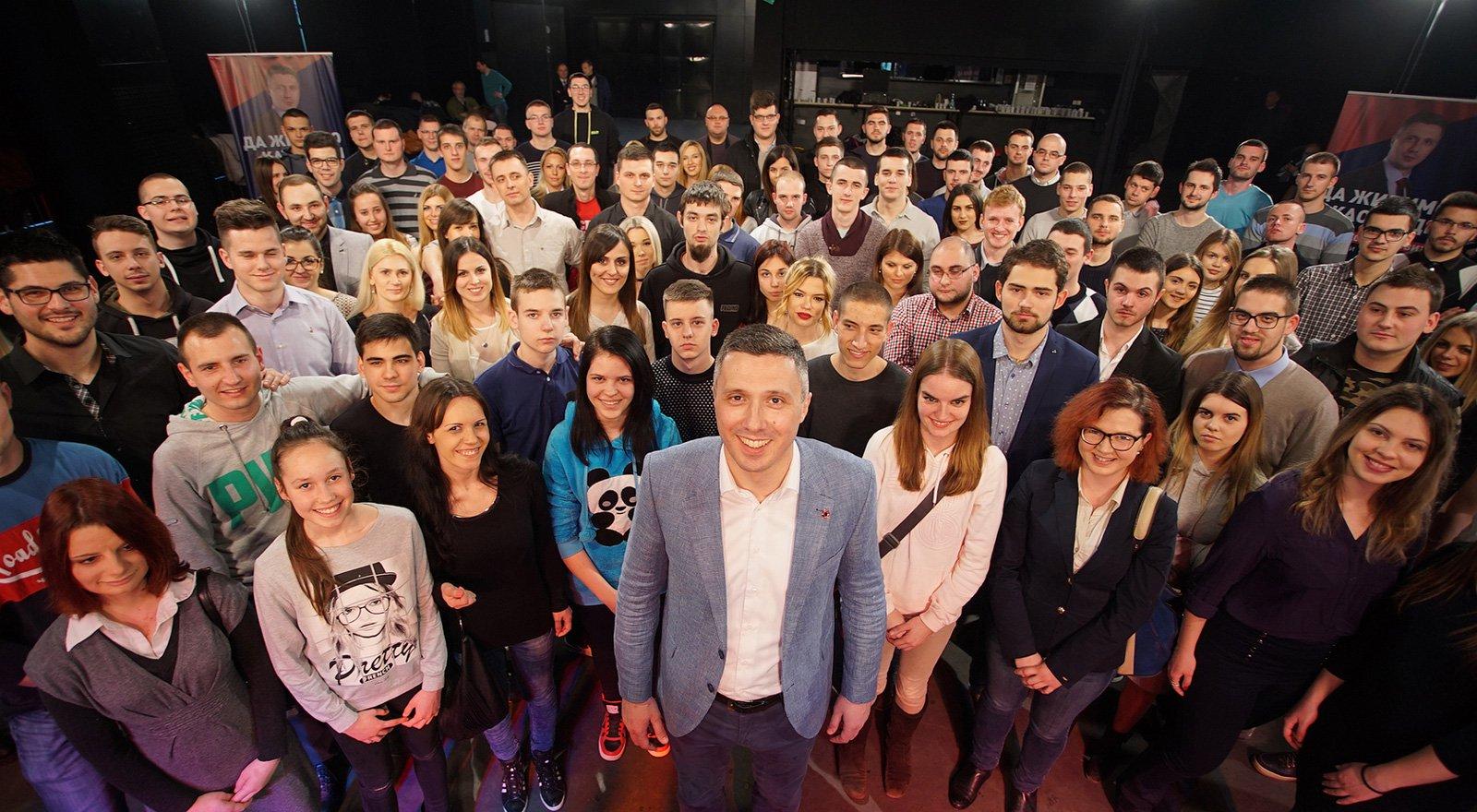 Omladina Dveri: Nije lako Marku Parezanoviću