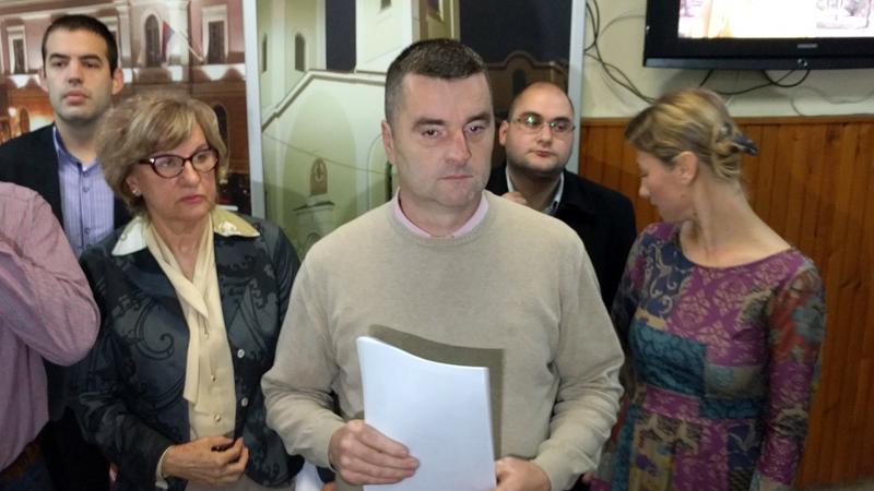 Ćendić: Odbornica SNS podnela ostavku zbog izdržavanja zatvorske kazne