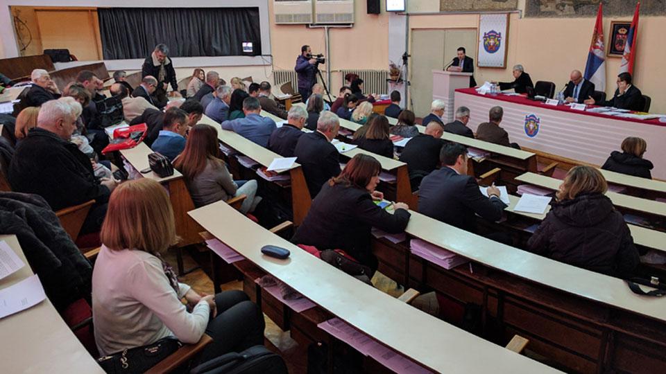 Gradonačelnik nastavlja rasprodaju imovine Čačka