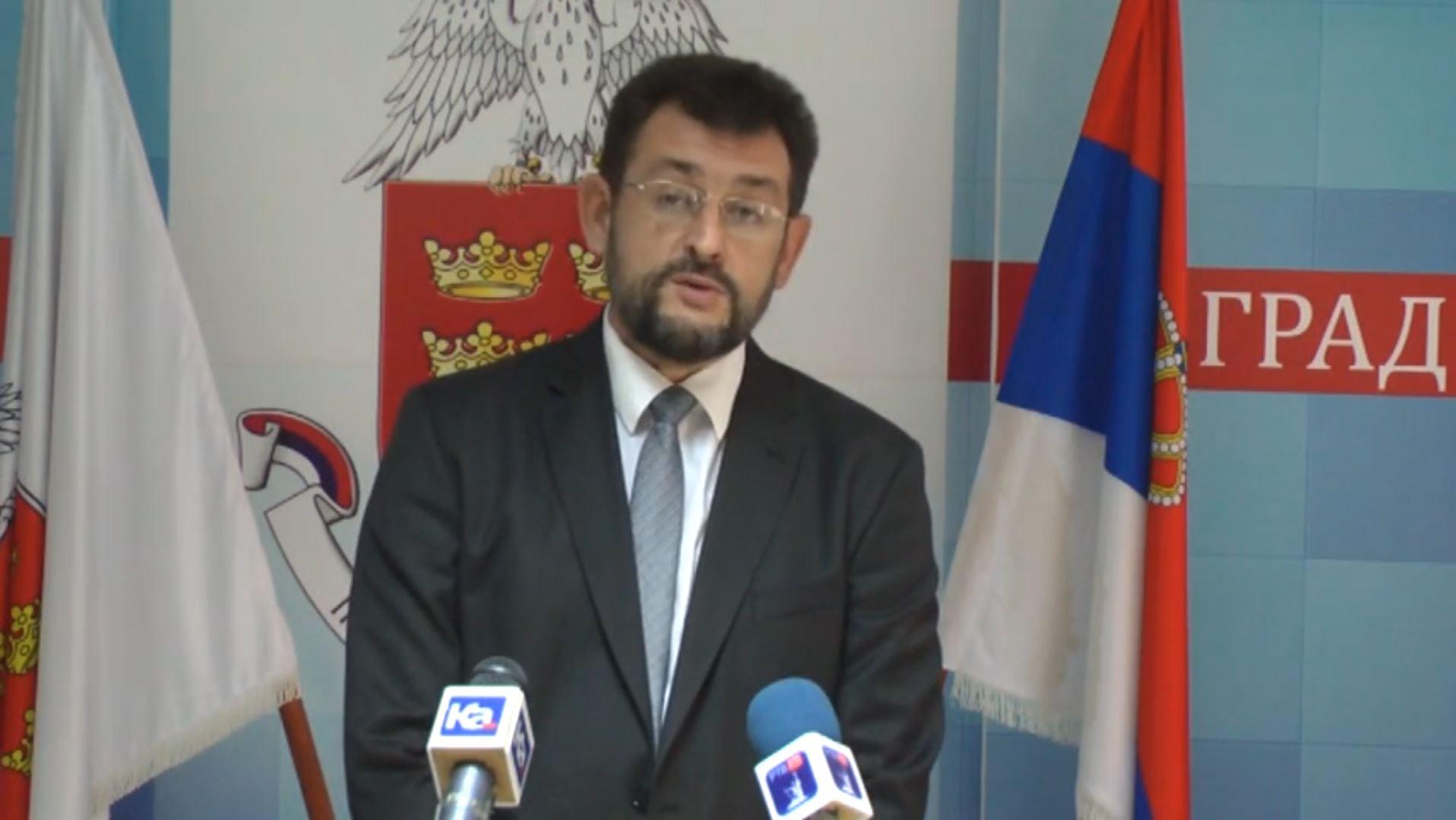 Dragan Vesović apelovao na SPC da se oglasi povodom LGBT parada širom Srbije