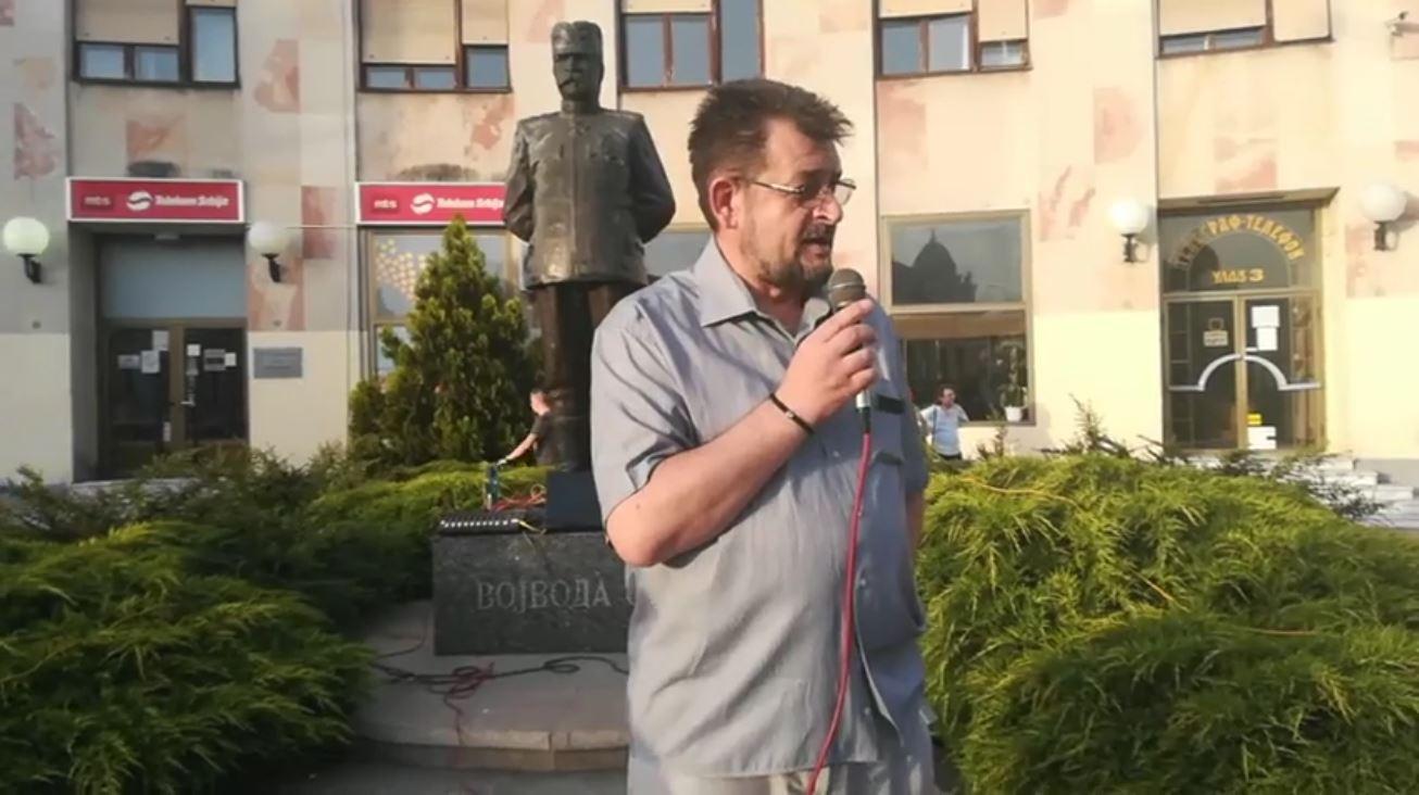 Dragan Vesović u Čačku: Tiranstvu stati nogom za vrat