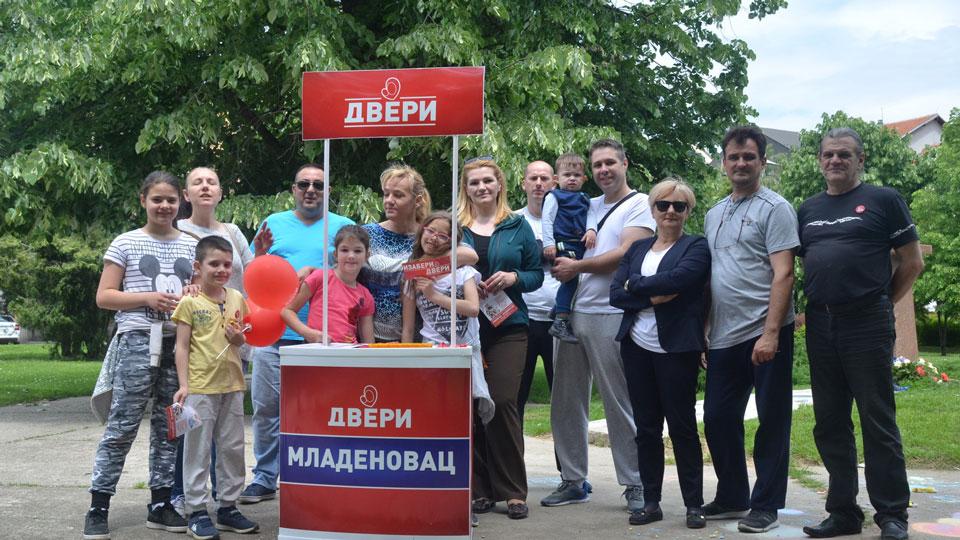 Dveri Mladenovac: Srećna porodica uslov za uspešno društvo
