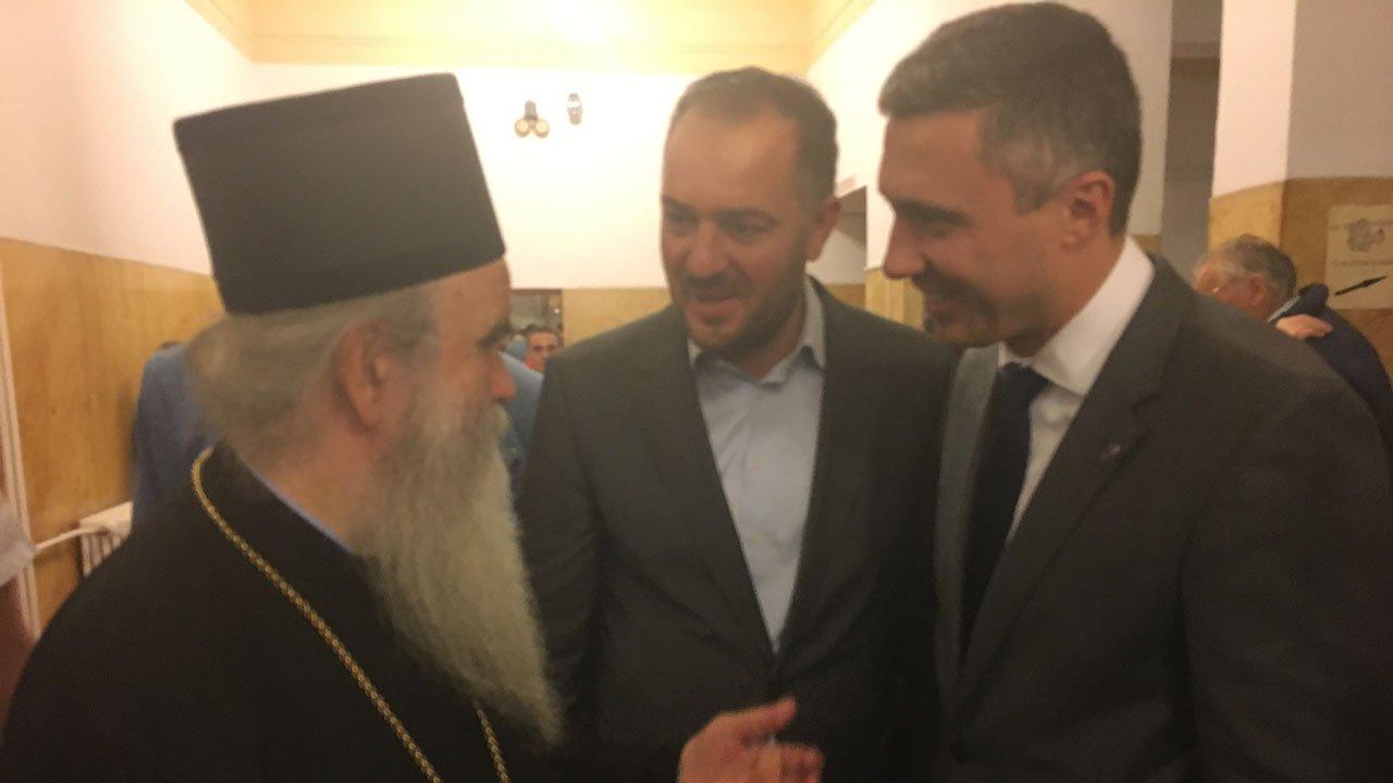 Boško Obradović: Hvala Mitropolitu Amfilohiju što je skinuo masku lažnog patriote sa Vučićevog lica