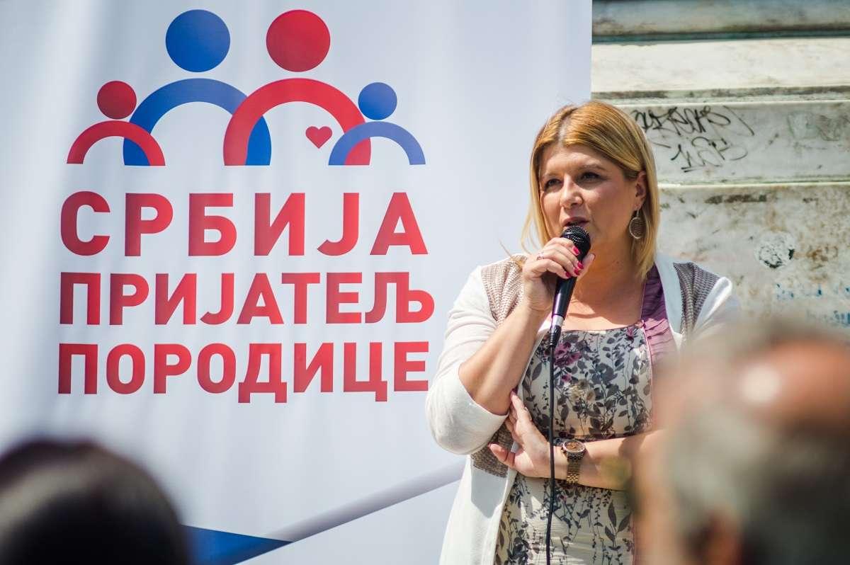 SNS sprovodi hajku na člana Predsedništva Dveri u Požegi