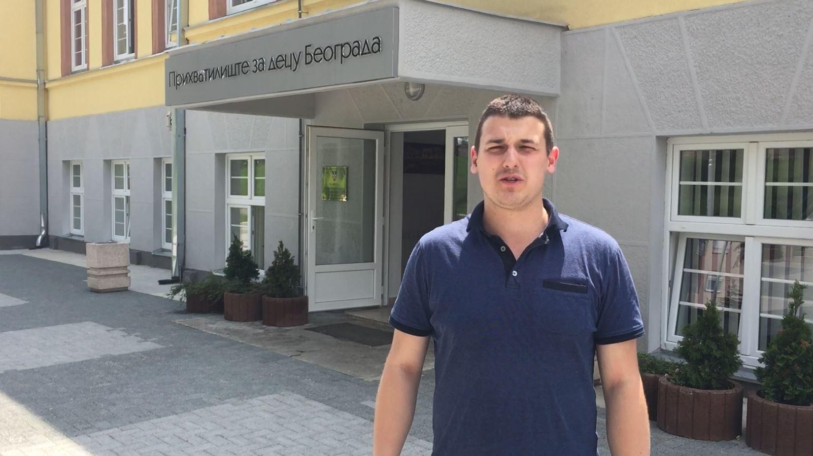 OO Dveri Zvezdara uručila humanitarnu pomoć deci
