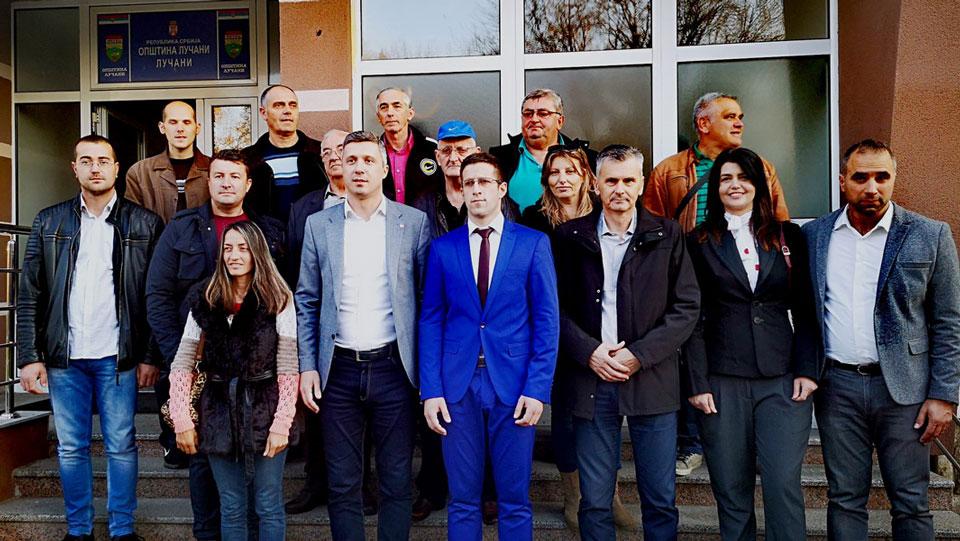 Savez za Srbiju predao listu za izbore u Lučanima
