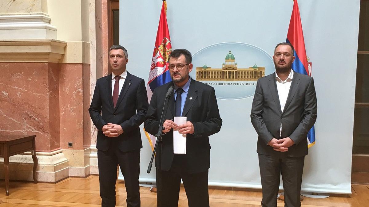Dragan Vesović: Protest u Kraljevu povodom pokušaja gašenja lokalnih medija