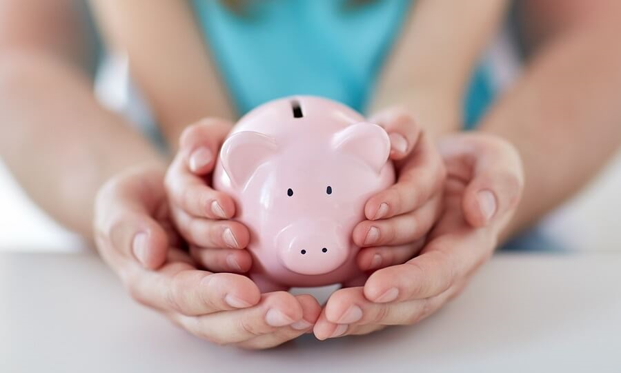 Dinar po dinar uštedi - bezbrižnu budućnost svom detetu obezbedi