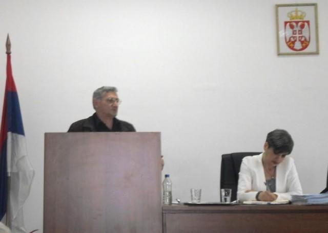 Vlast u Doljevcu ne odgovara na odbornička pitanja Dveri