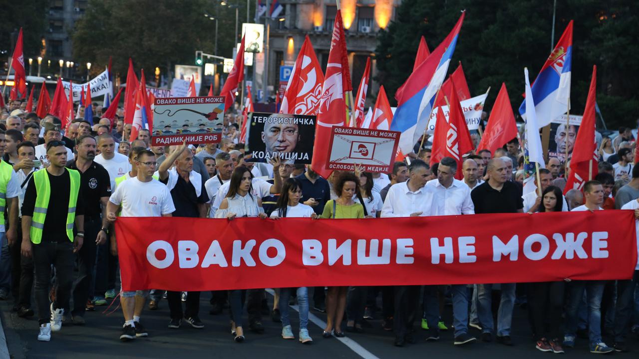 Dveri: Pink i RTS u službi neistine,  jer je stvorena nova opozicija koja će srušiti Vučićev režim sa vlasti