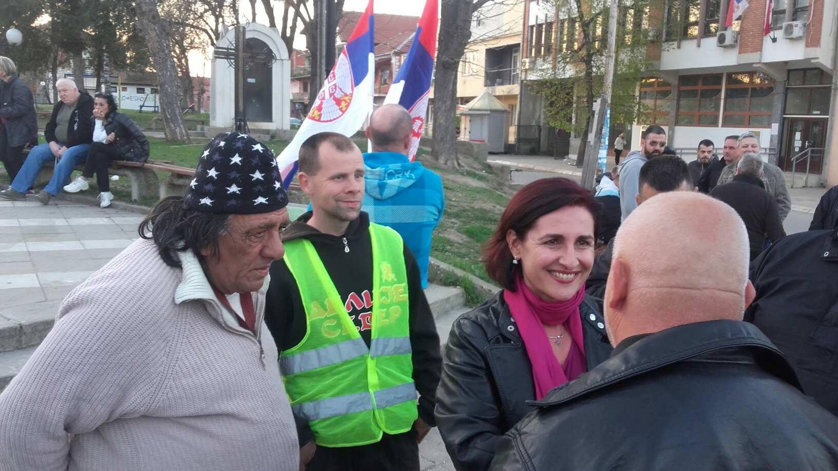 Tamara Milenković Kerković govorila na prvom protestu u Bojniku