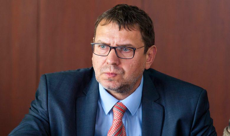 Dveri Subotica: Žigmanov pljuje u tanjir iz kojeg jede!