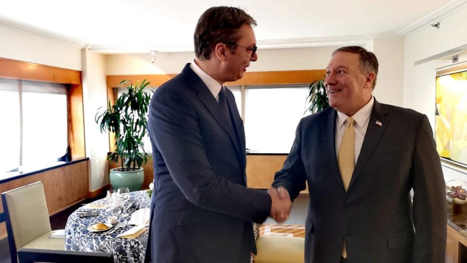 Da li Vučićev sastanak sa Pompeom vodi ka predaji KiM?